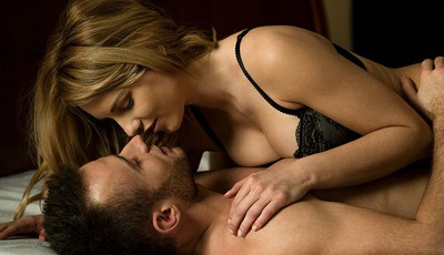 29 posições sexuais românticas e sensuais