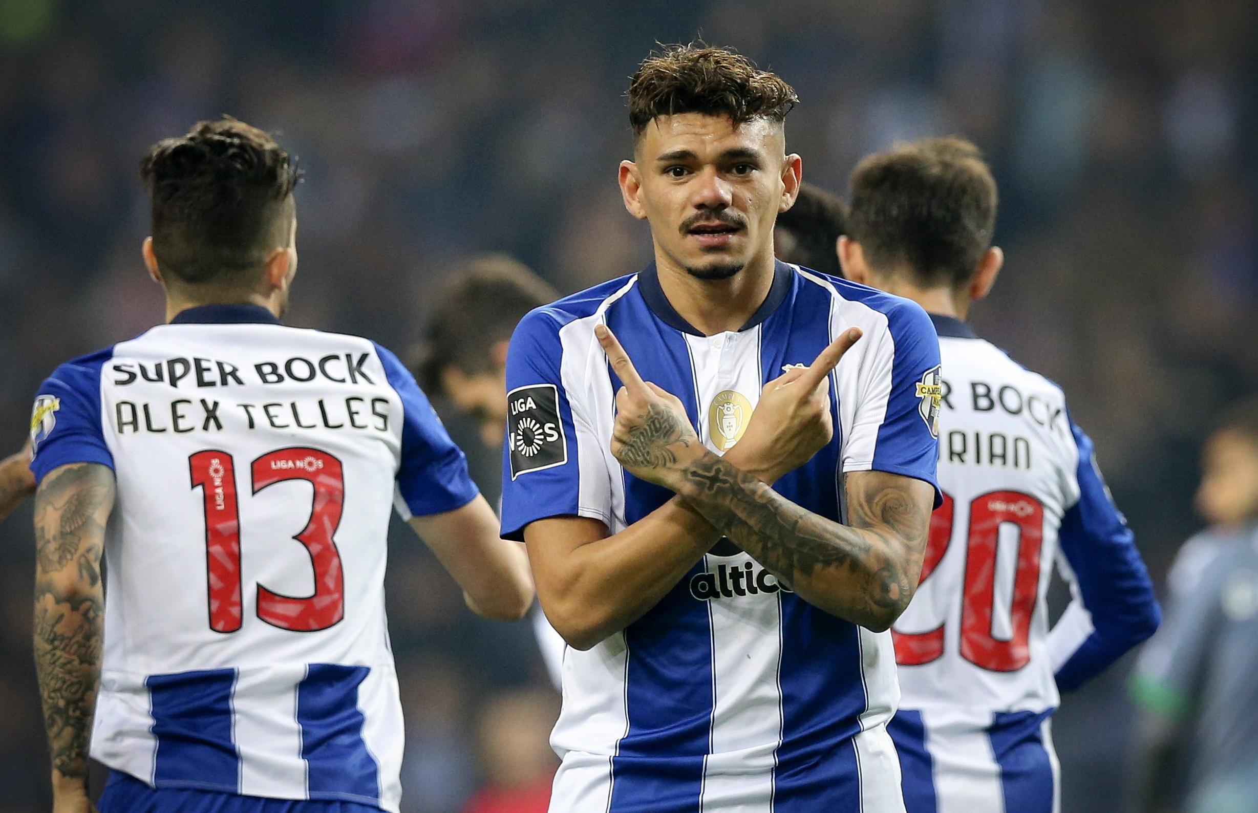 Análise: Exibição 'q.b.' do FC Porto foi suficiente para segurar a liderança mais uma semana