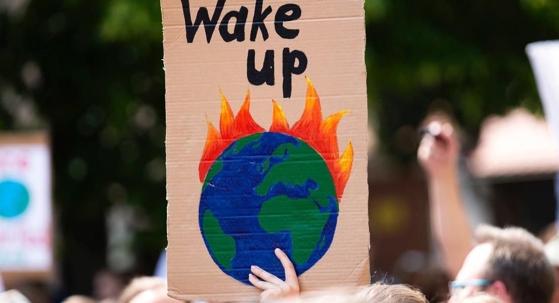 """""""Não há planeta B, mas consumimos como se o amanhã não existisse"""" - ambientalista Carmen Lima"""