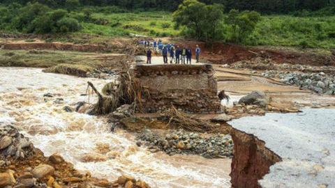 """1,7 milhões afetados em Moçambique. ONU classifica ciclone Idai como o """"pior desastre climático de sempre"""" no hemisfério sul"""