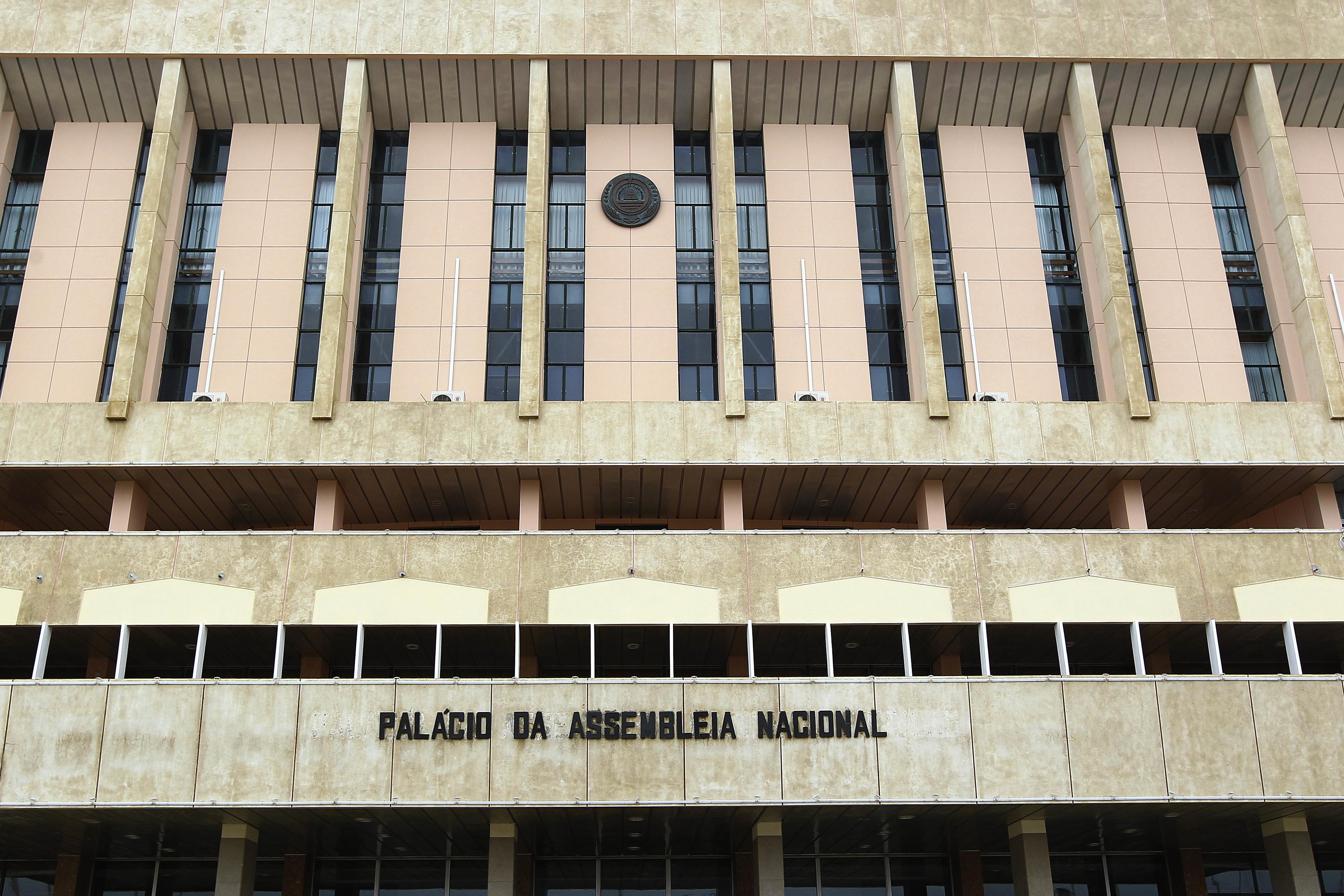 """Oposição cabo-verdiana acusa Governo de """"atentado direto"""" à liberdade de imprensa"""