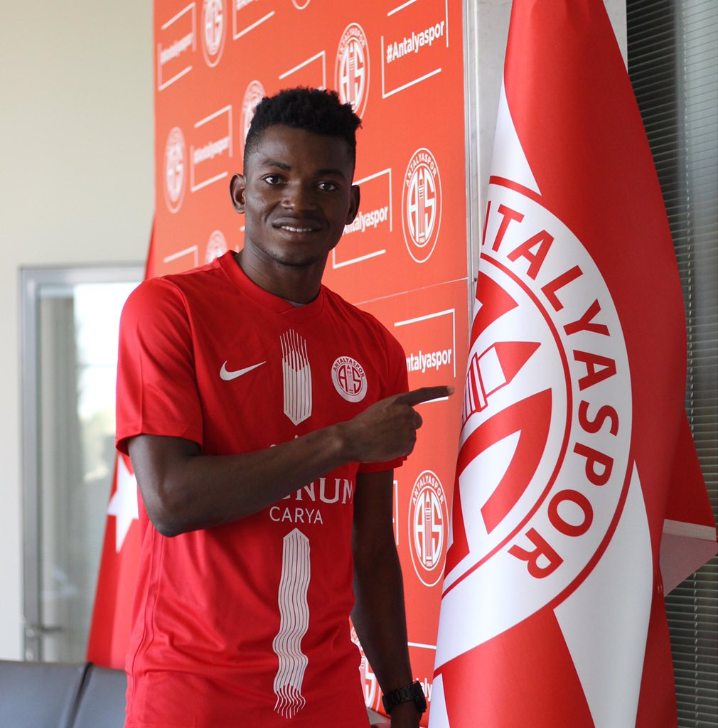 Gelson Dala assina pelo Antalyaspor