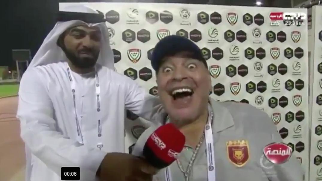 Maradona louco após conferência de imprensa