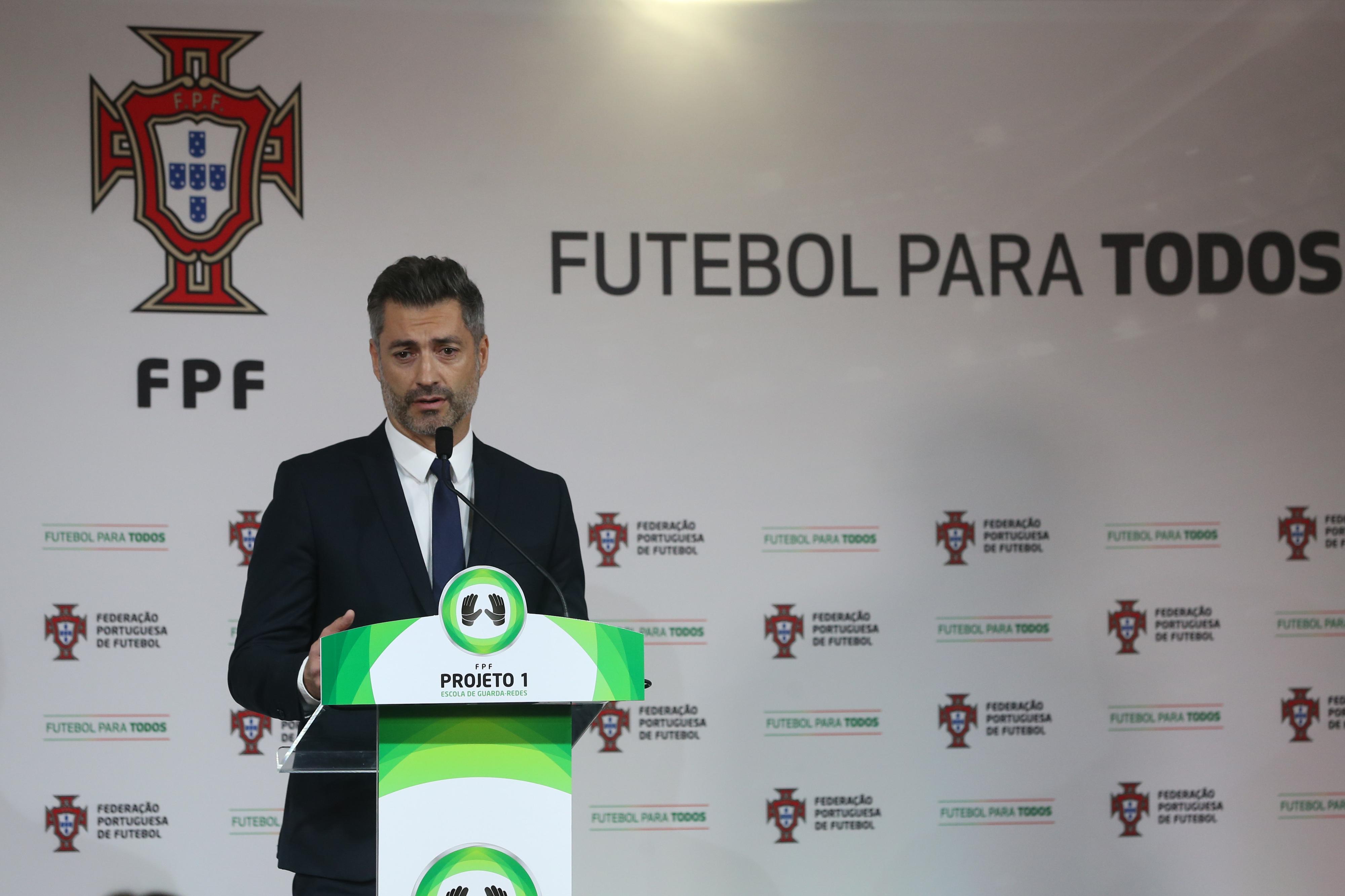 """Vítor Baía aborda futuro: """"Sei que vou ser importante no FC Porto"""""""