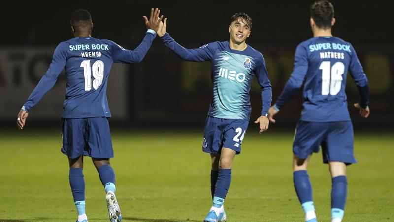 FC Porto vence Casa Pia na redenção dos 'notívagos'. Final-four da Taça da Liga fica mais perto