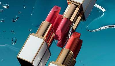 Do novo perfume à maquilhagem de Verão, é impossível resistir às novidades da Tom Ford
