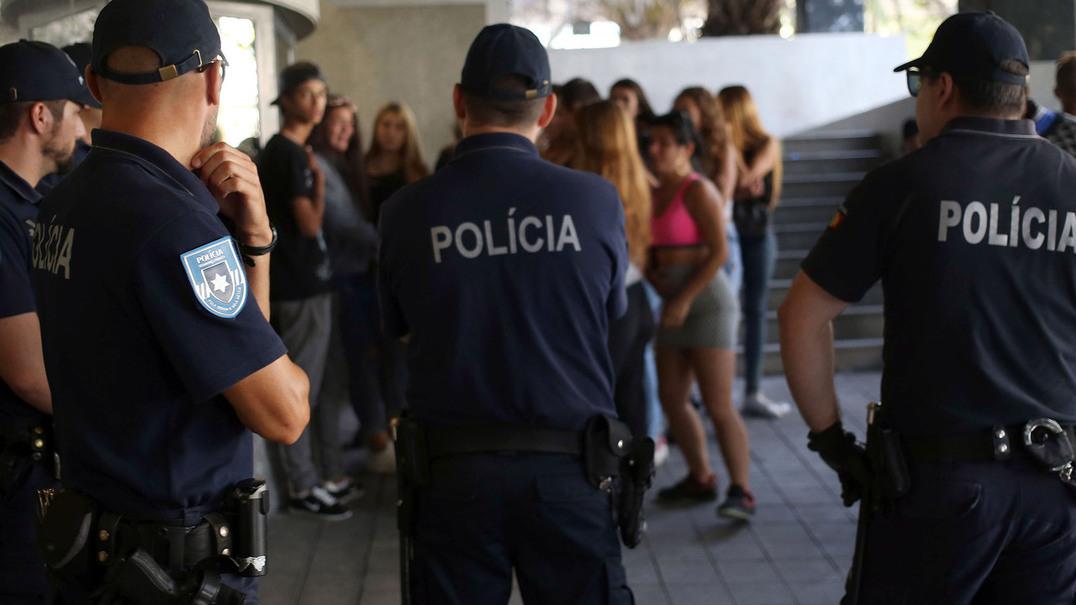 Três homens detidos pela polícia fugiram do Tribunal de Instrução Criminal do Porto