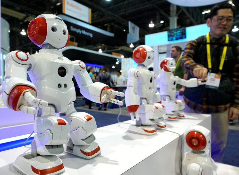Empresas preparam novas soluções de automação com software de robótica