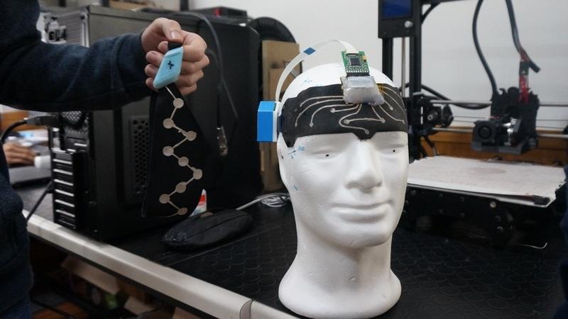Wearable português torna eletroencefalogramas mais práticos para profissionais e pacientes