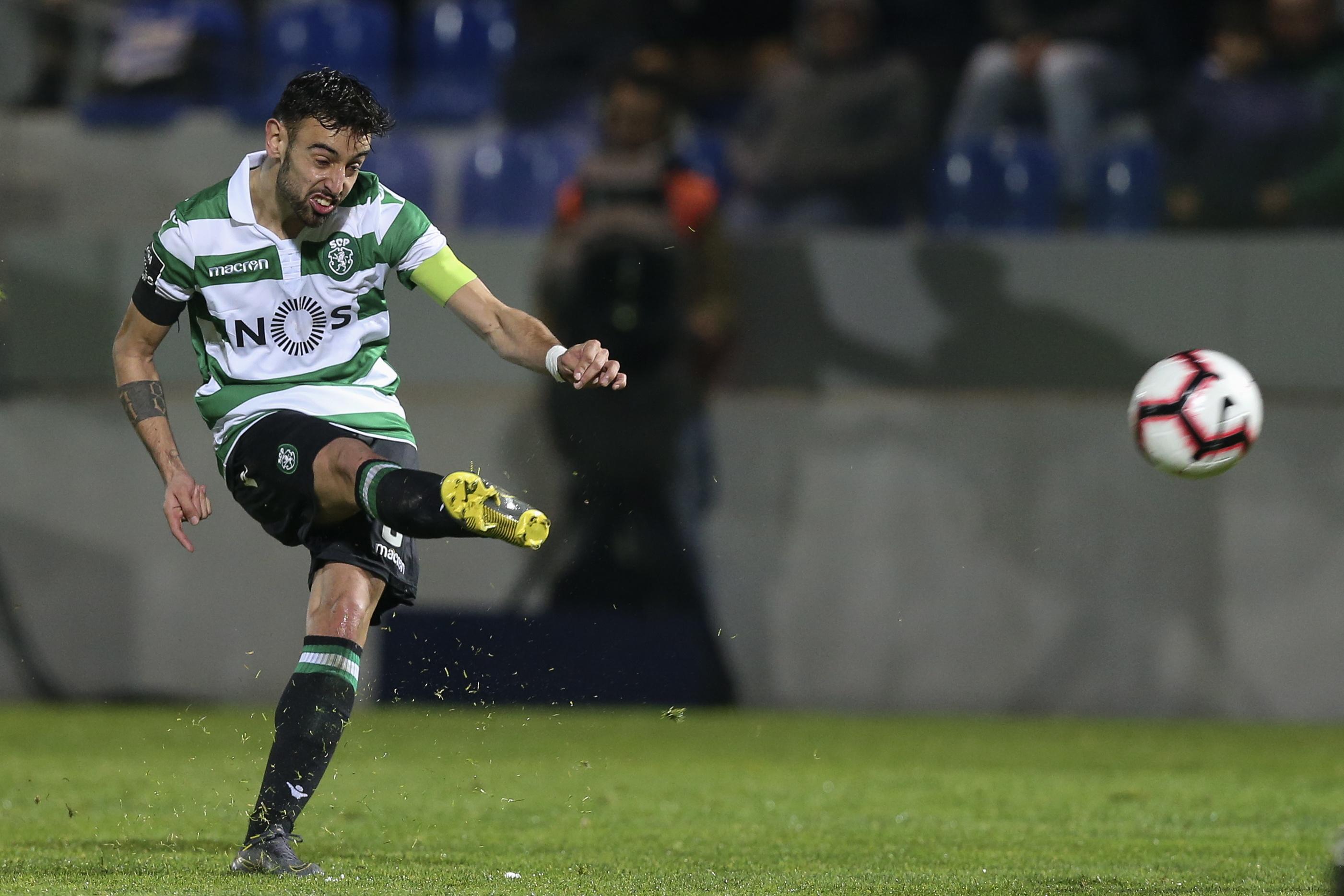 Bruno Fernandes dá vantagem ao intervalo no jogo frente ao Sporting de Braga