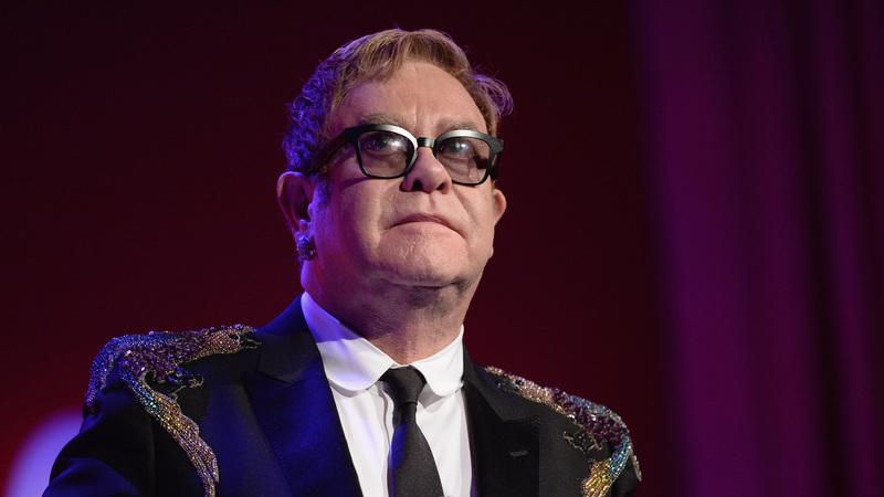 Elton John faz 70 anos: Quem o viu e quem o vê