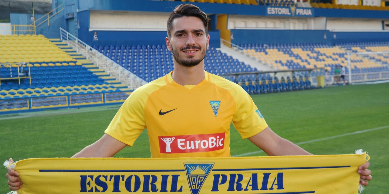 Pedro Rodrigues reforça plantel do Estoril