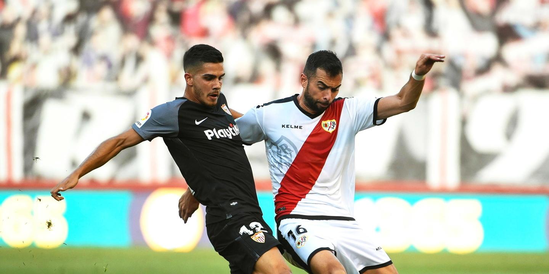 André Silva iguala marca de Romário com 25 anos