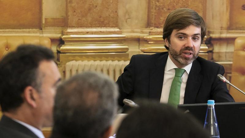 Canal Parlamento transmite reunião informal da comissão de inquérito à Caixa por engano