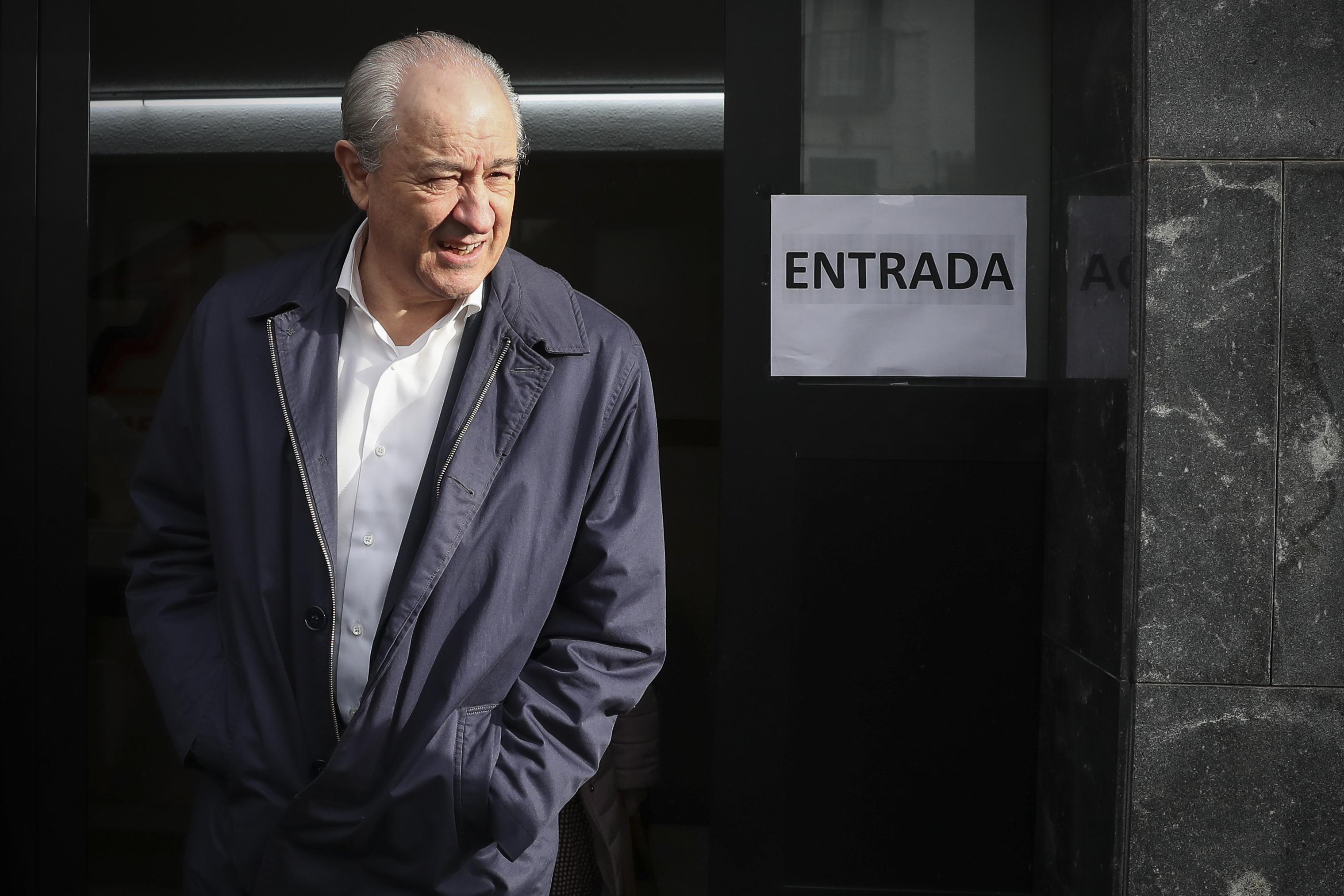 """Eleições no PSD: No momento do voto, Rio disse-se """"confiante"""", mas admitiu que """"nunca se sabe"""""""