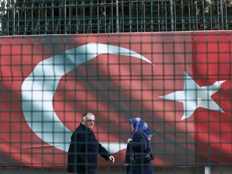 Polícia turca detém mais de mil pessoas acusadas de ligação a clérigo exilado