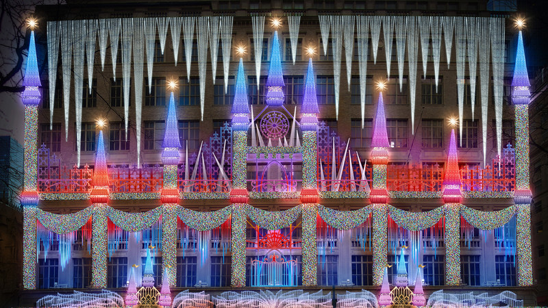 """Saks Fifth Avenue revela detalhes da sua montra de Natal, inspirada no filme """"Frozen 2"""""""