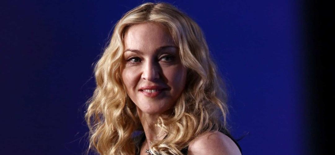 """Madonna sentiu-se """"um pouco deprimida"""" após mudança para Portugal"""