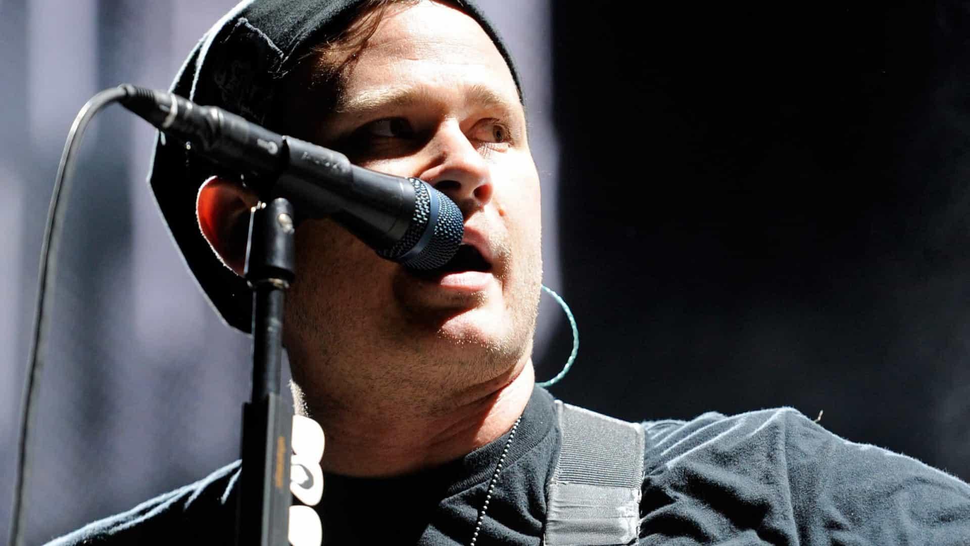 Tom DeLonge, dos Blink-182, separa-se de Jennifer