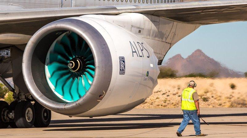 Rolls-Royce está a desenvolver uma barata robô para reparar motores de avião