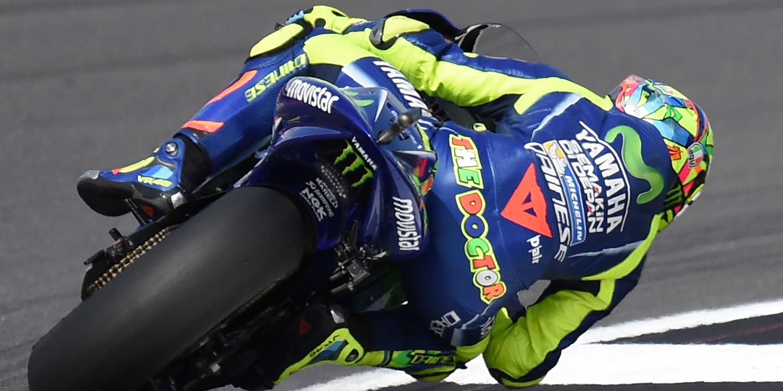 Três semanas depois da fratura, Valentino Rossi fez teste no circuito de Misano