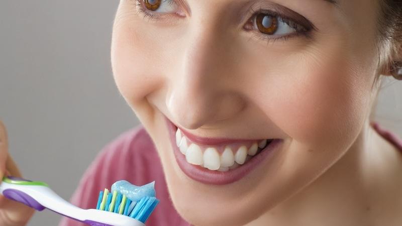Cuidados a ter com os dentes durante a gravidez