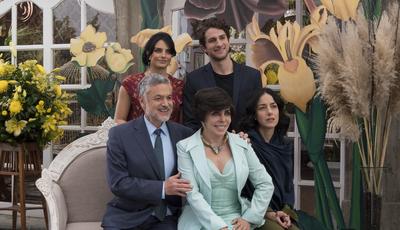 """Depois de """"La Casa de Papel"""", """"A Casas das Flores"""" conquista espectadores: as imagens da série mexicana"""