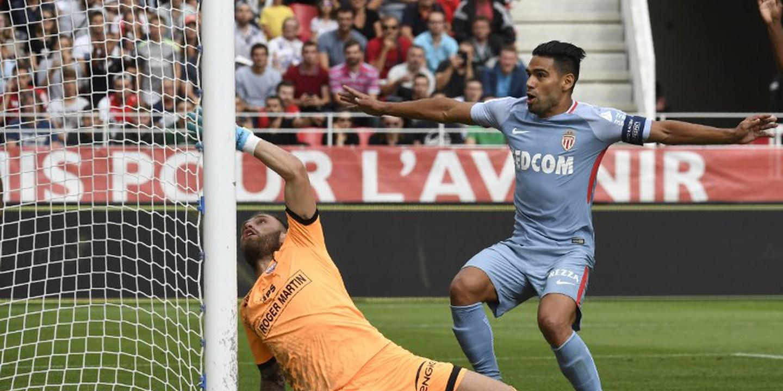 Liga francesa: Falcao eleito melhor jogador do mês de agosto