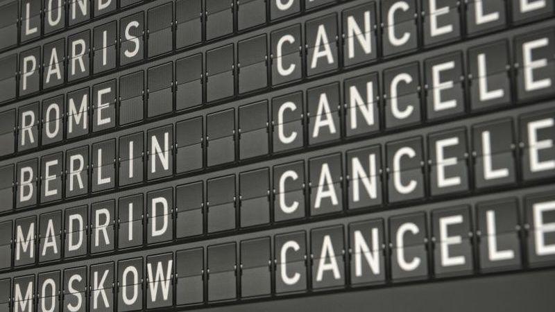 Sabia que a indemnização por um voo cancelado pode chegar aos 600€?