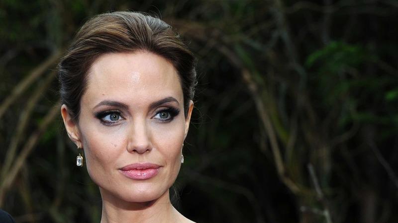 """Jolie mostra-se tranquila com envelhecimento: """"É sinal que estou viva"""""""