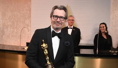 Gary Oldman vai fazer filme a preto e branco com David Fincher para a Netflix