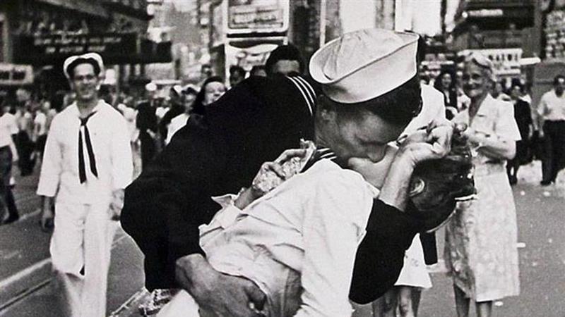 Morreu o homem que deu o beijo que assinalou o fim da Segunda Guerra Mundial