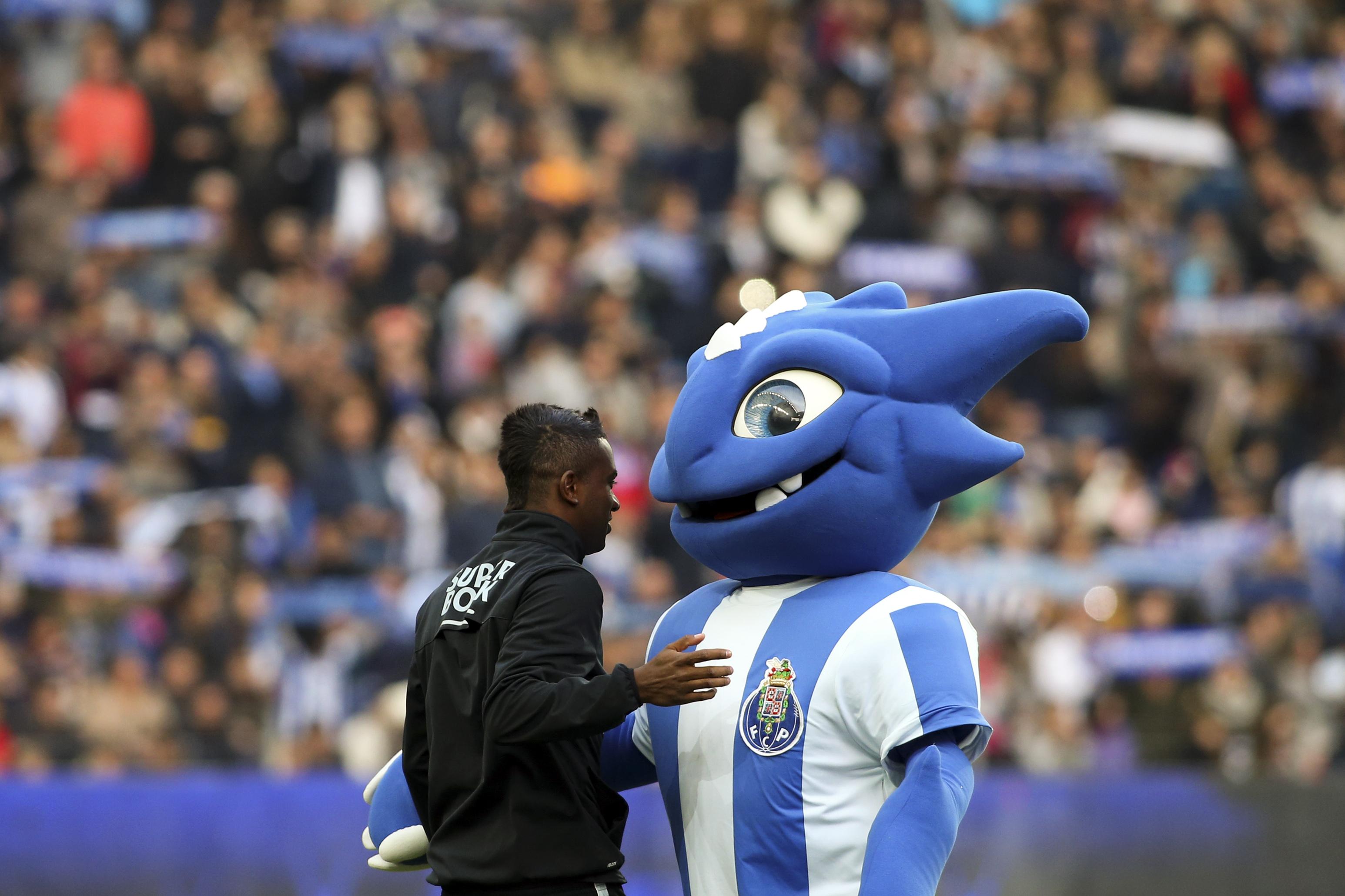 FC Porto: Kelvin já chegou ao Porto para integrar a equipa B