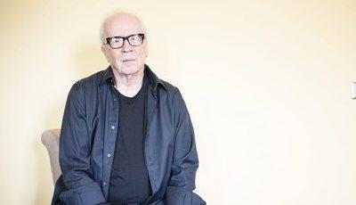 """John Carpenter: realizador do primeiro """"Halloween"""" admite que faz quase tudo por dinheiro"""