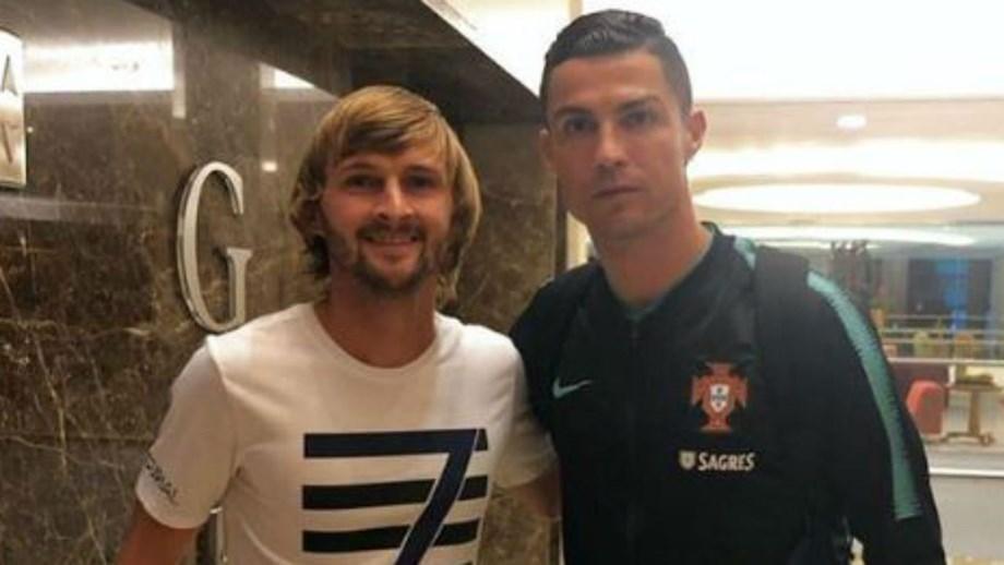"""Jogador do Boavista esperou 14 horas para conseguir autógrafo de Ronaldo: """"Foi o dia mais feliz da minha vida"""""""