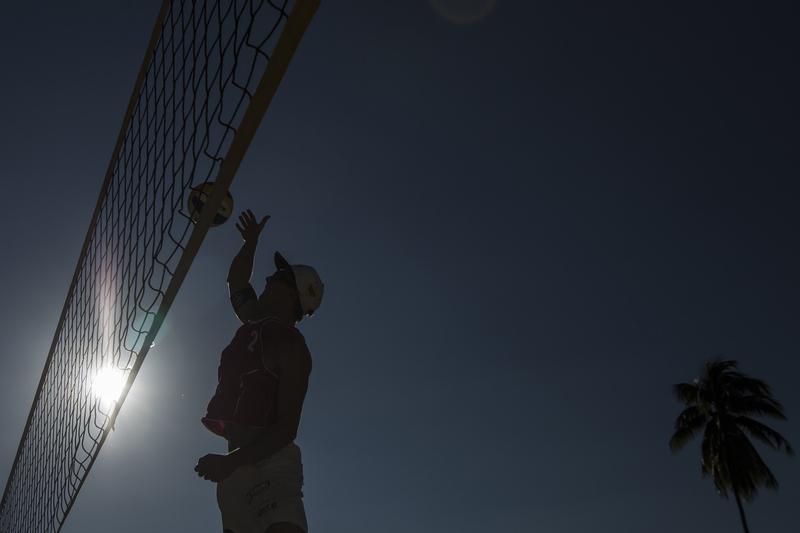 Covid-19: Cancelada etapa de Espinho do circuito mundial de voleibol de praia