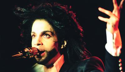 Prince morreu há um ano: Os álbuns do príncipe da pop