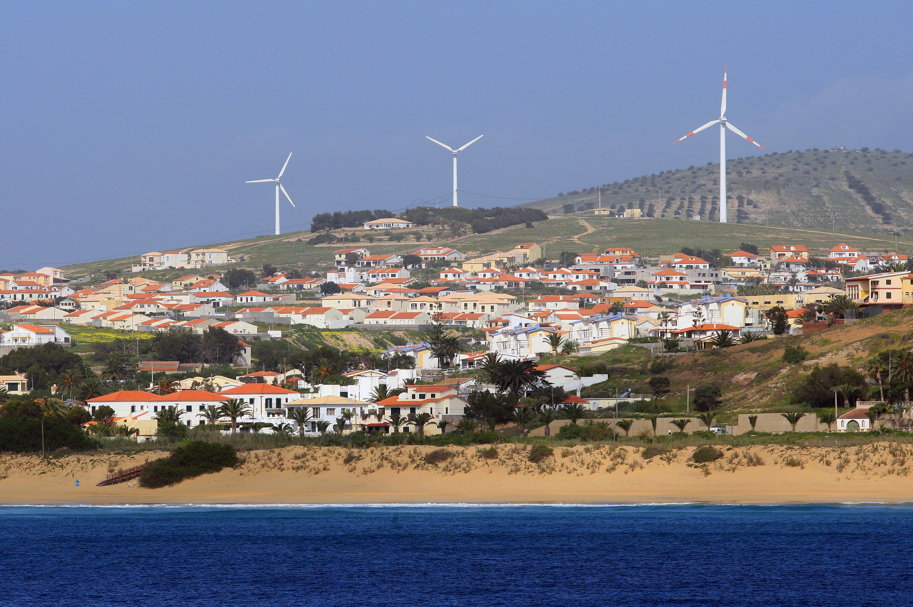 Orçamento da Madeira aprovado com abstenção do CDS e voto contra da restante oposição