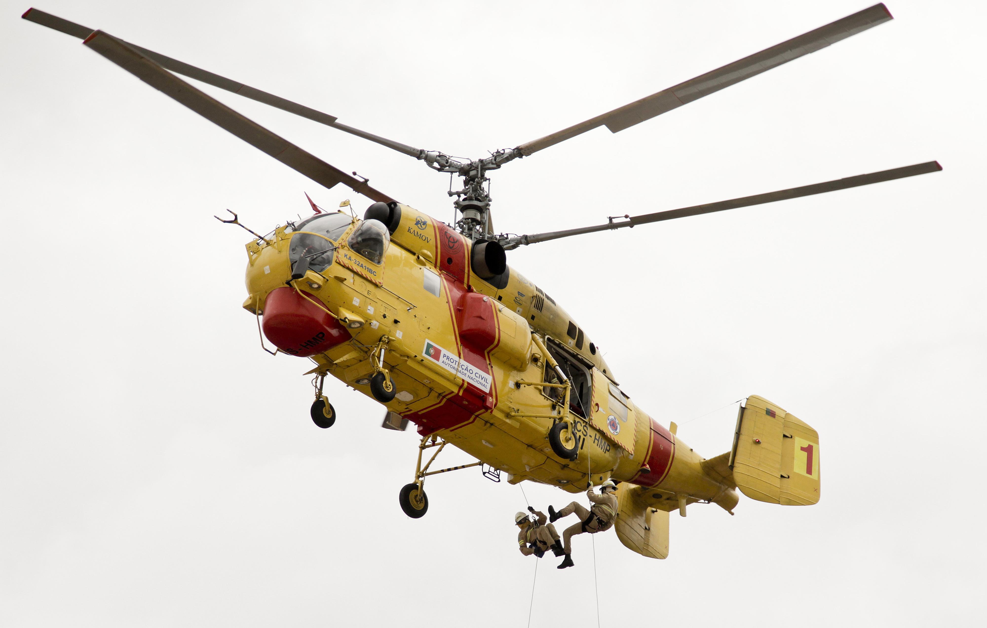 Helicópteros Kamov vão parar para revisão, mas Governo garante que época de fogos não é afetada