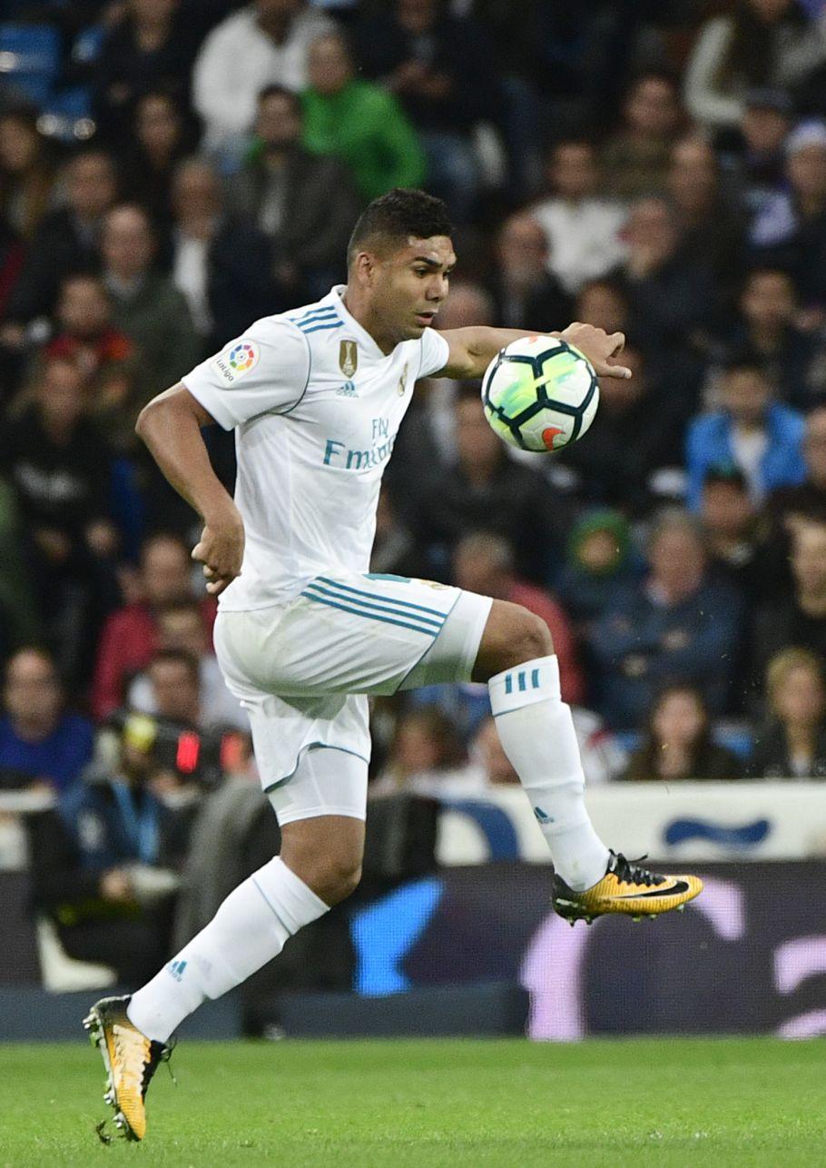 Bis de Casemiro vale triunfo do Real Madrid sobre o Sevilha