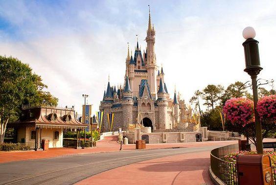 O castelo da Cinderela na Disney está a ser remodelado. Veja como vai ficar