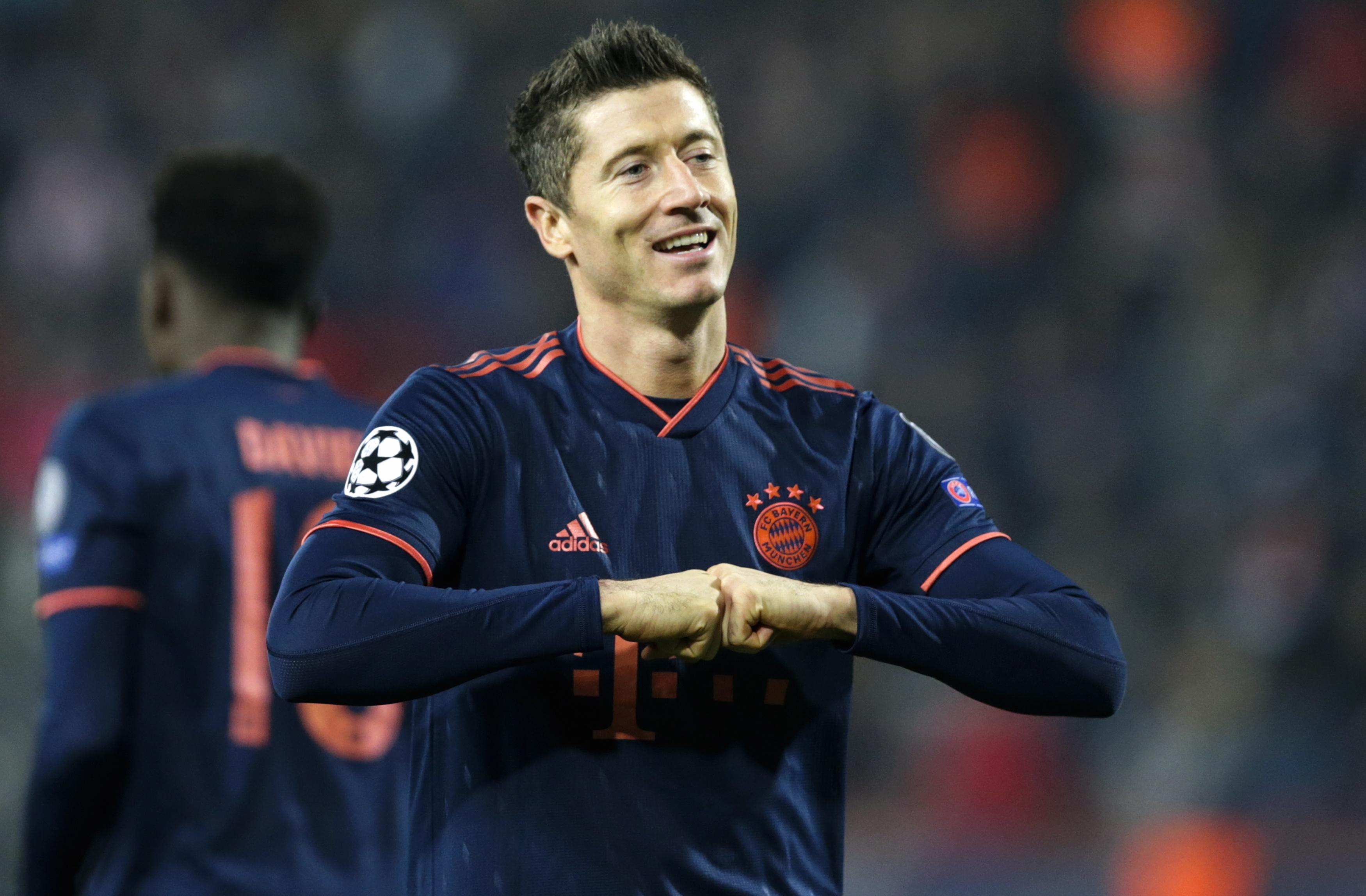 Bayern Munique sobe a segundo na Alemanha com goleada