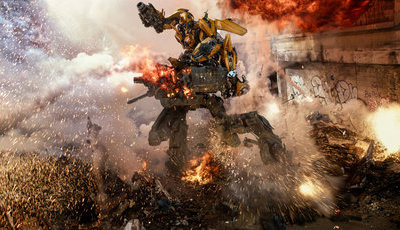 "e-Cinema: ""Transformers"" e o regresso da máquina de blockbusters de Michael Bay"