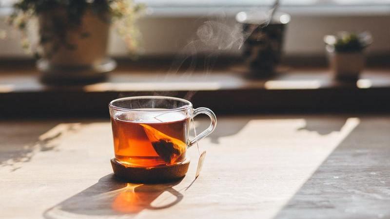 Da diabetes à digestão. Conheça 5 benefícios (surpreendentes) do chá de camomila