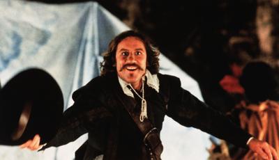 """""""Cyrano de Bergerac"""": versão restaurada do filme de Gérard Depardieu abre Festa do Cinema Francês"""