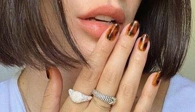 7 ideias de unhas giras para mostrar à sua manicure