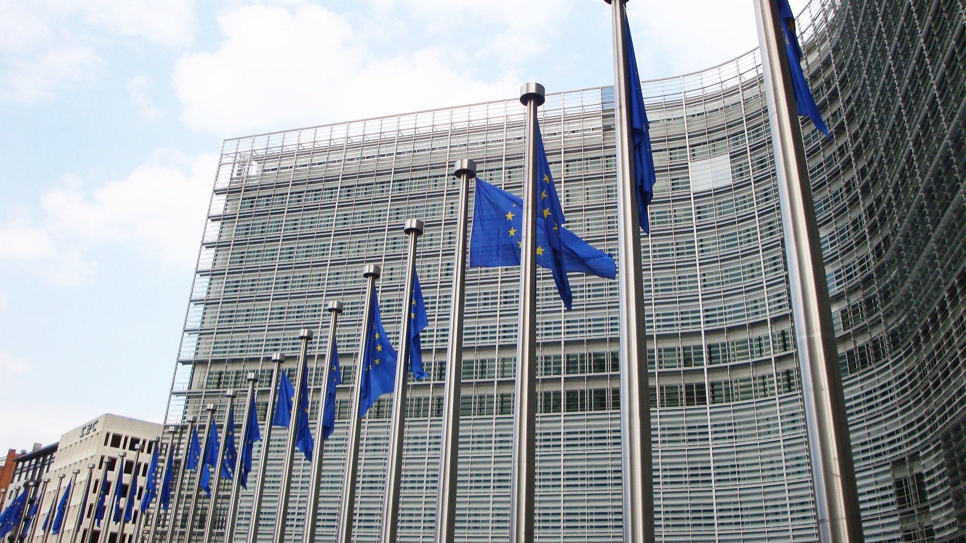 Comissão Europeia examina suspeitas de cartel na indústria automóvel alemã