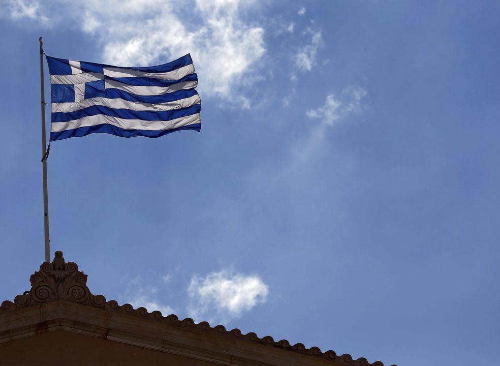 Grécia e zona euro celebram na segunda-feira fim de oito anos de resgates