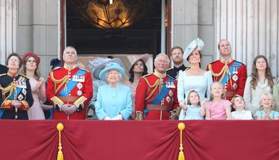 Será que os membros da realeza britânica eram bons alunos?