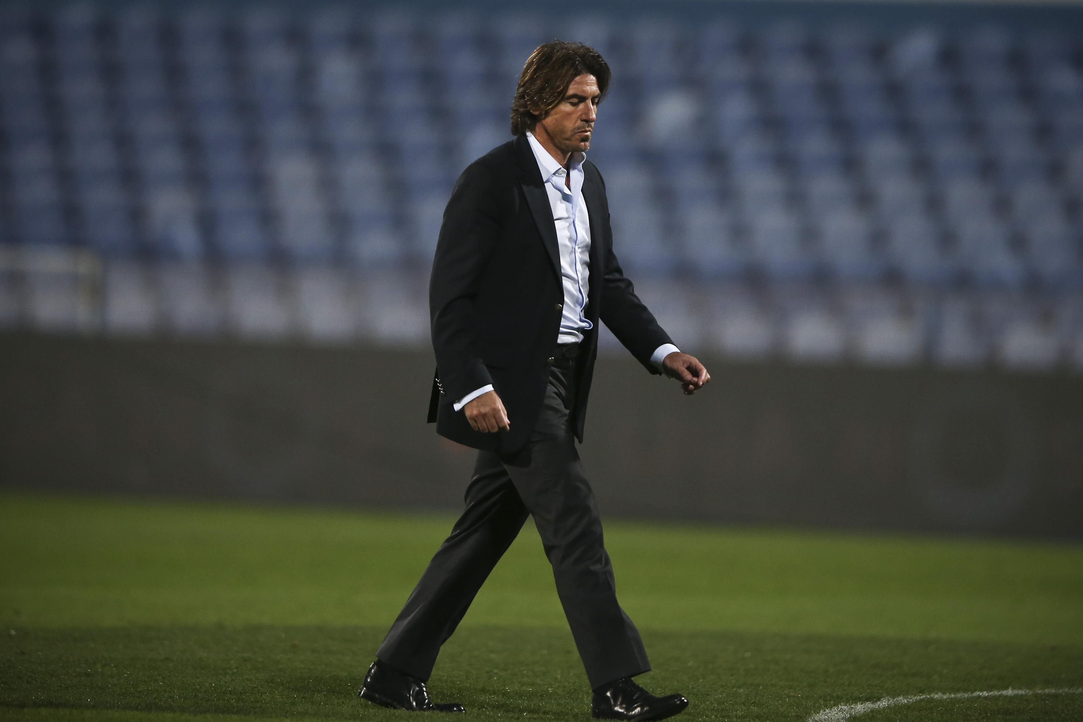 Standard Liège, de Sá Pinto, vence com golo de Orlando Sá